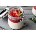Dessert: Panna cotta met aardbeien